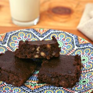 A low calorie recipe for homemade brownies from scratch.